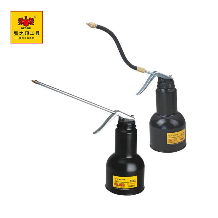 BST-07245/500ml内抽式高压机油壶(硬管/鹰之印